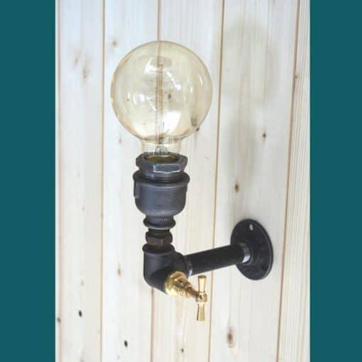 applique style industriel avec interrupteur robinet